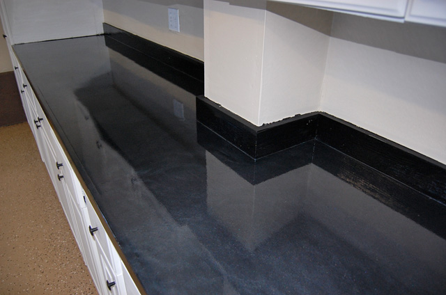 Rustoleum Countertop Paint Earth : ... earthtone flakes and black metallic countertop Witcraft Painting